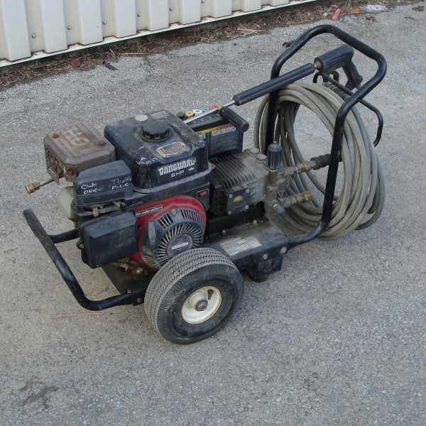 Pressure Washer, 2000 PSI Image