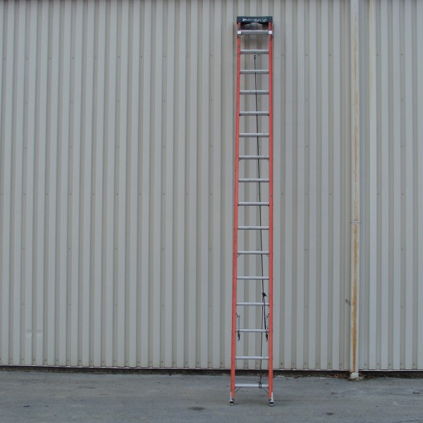 Ladder, 32′ Fiberglass Extension Image