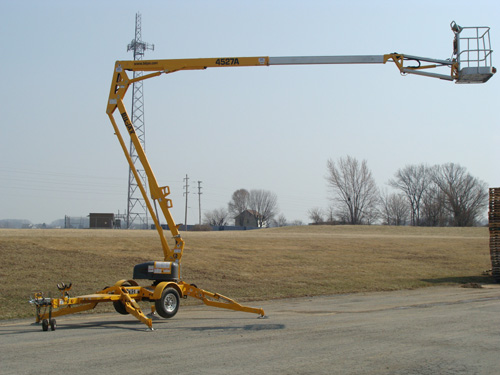 Lift, Bucket 45′ Tow Image