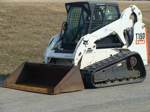 Skidsteer Loader Track, 1A Bobcat T190 Image