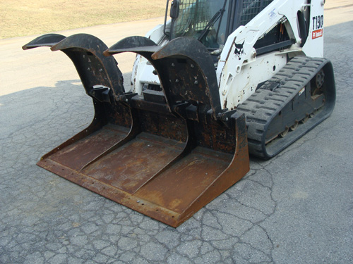 Skidsteer Attachment, Bucket Grapple 74″ Closed Bottom; Image
