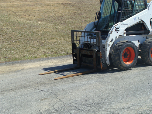 Skidsteer Attachment, Forks Image