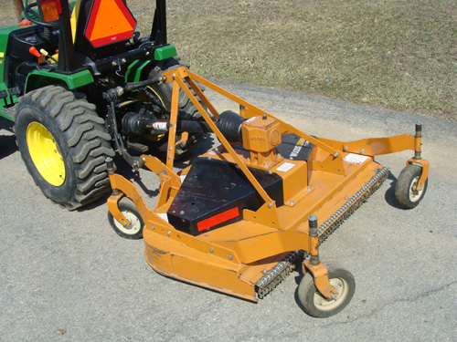 Mower 3pt for John Deere 4100 Image