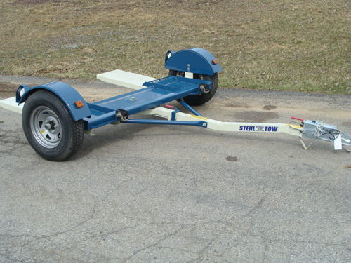 Tow Dolly with Surge Brakes Image