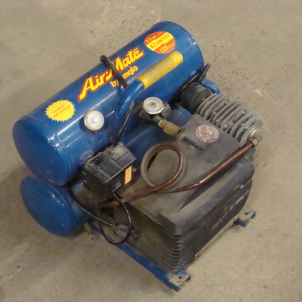 Compressor, Electric 4 Gallon Image