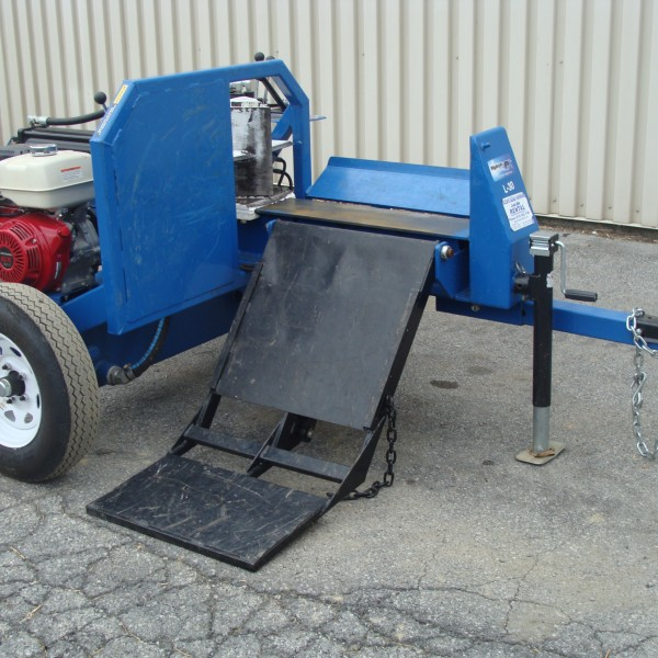 Log Splitter, 30 ton Horizontal Image